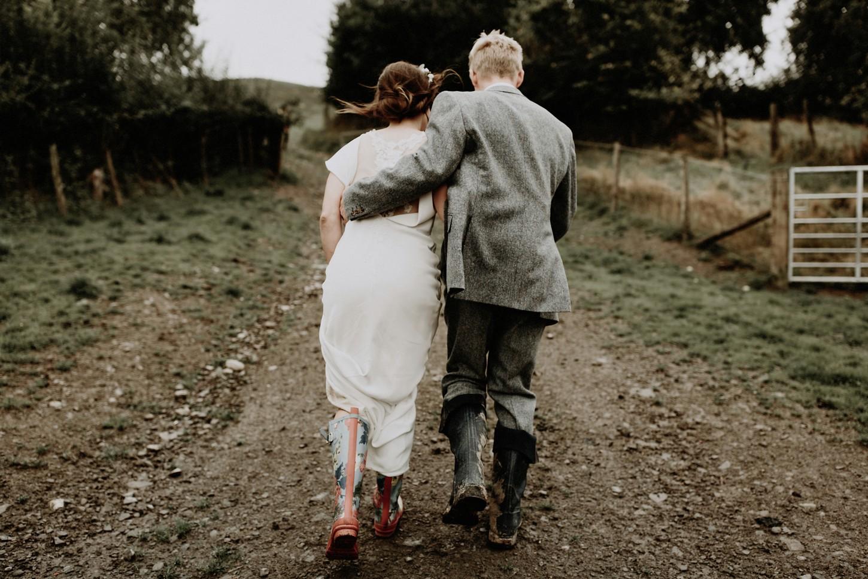 Dolau-Sheep-Farm-Wedding-Wales-United-Kingdom-050