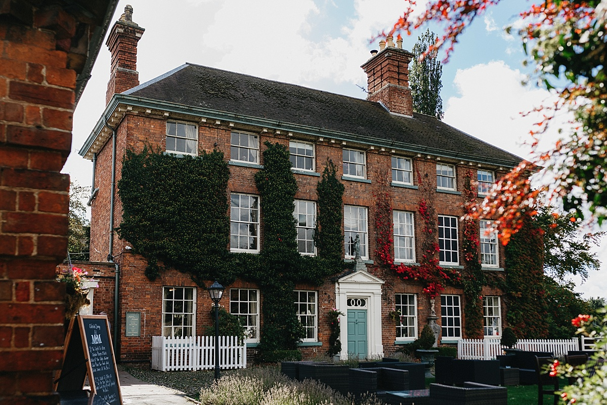 Indie Love Photography_Mytton and Mermaid Hotel, Shropshire_K+A-23