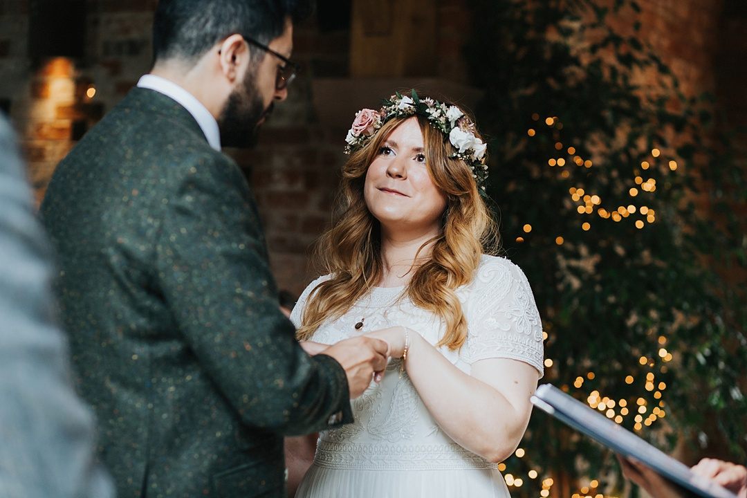 Indie Love Photography_Shustoke Barn Wedding_L+G-27